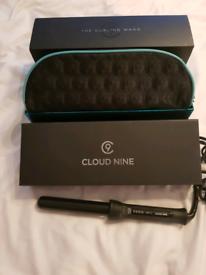 Cloud 9 Nine curling wand