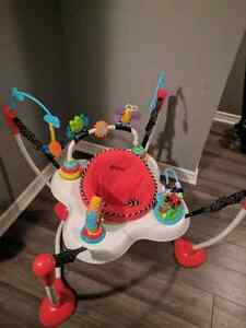 Bouncy play chair