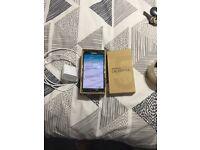 Samsung S5 in gold 16gb on Vodafone