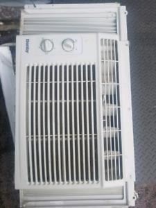 DANBY AIR CONDITIONER 5000 BTU'S