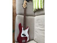 Squire P-Bass (Red)
