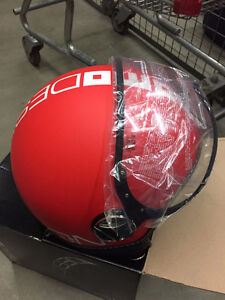 MOMO FGTR Matte Red Scooter Helmet - Small