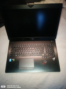 Gaming laptop Asus 17 in