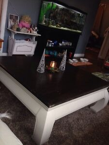 Newly refinished Coffee Table NEW PRICE!!!! Cambridge Kitchener Area image 1