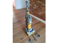 Stain upright Hoover DC04