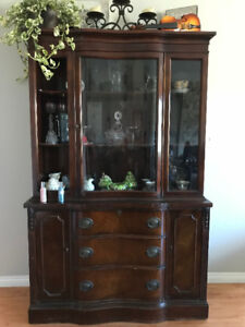 China cabinet - Good condition.