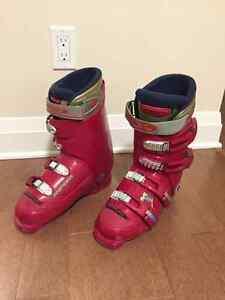 Skis Boots poles mini skis