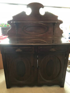Antique Buffet - Solid Wood  Excellent condition