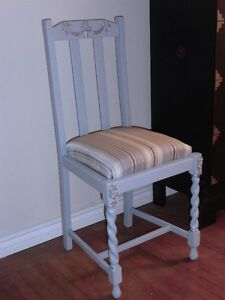 Gorgeous antique painted chairs - set of 4 - $427