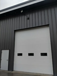 1000sq' commercial Bay For Lease