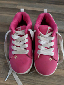 Girls DC shoes - Size 4Y
