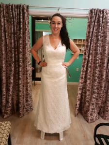 Morilee Ivory Wedding Gown size 20