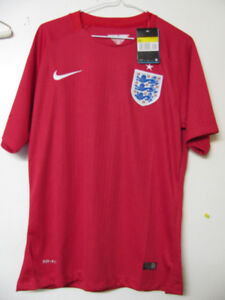 ENGLAND SOCCER JERSEY NIKE NWT SIZE ADULT S