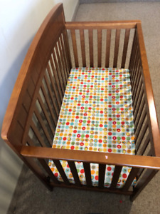 Child Crib moving out sale