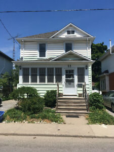 *NEWLY RENOVATED 3 BED 2 BATH MIDTOWN HOME AVAILABLE AUG. 1*