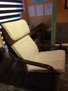 Fauteuils ikea poang divan et futon dans grand montr al for Housse futon montreal