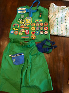 Girl Scout Junior and Brownie Uniforms