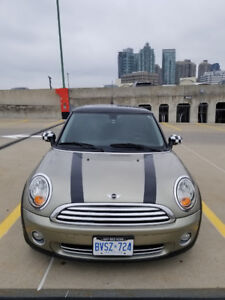 2009 Mini Cooper - Manual - Very Clean - Accident Free