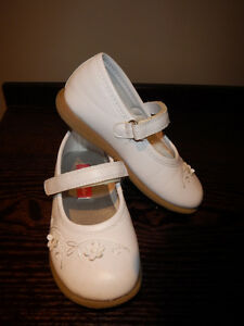 Girls white shoes, size 9