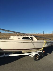 DS-16 Sail Boat including Trailer