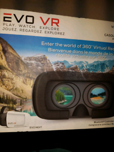 New in box smartphone vr set