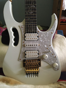 guitare IBANEZ STEVE VAI