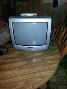 13 inch tv for sale
