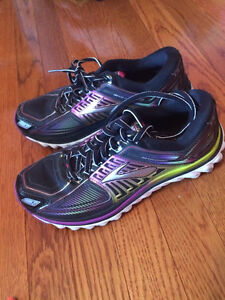 Brooks Glycerine Size 8
