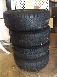 "16"" Pirelli Winter tires with Rims"
