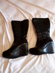 For Sale black knee high winter boots Size 10W