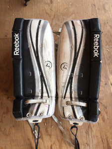 "24"" Youth Goalie Pads"