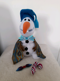 Disney shop singing swaying olaf interchangeable accessories