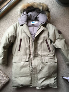 Like New Men's Down Winter Coat/Parka sz 40 Canadian-Made L/XL