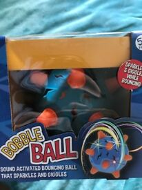 Bobble ball toy