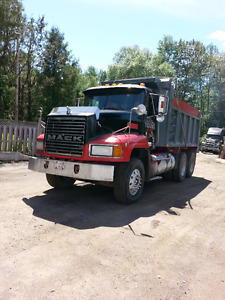 1998 Mack for sale