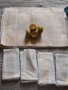 Variety of table cloths and more!! Kitchener / Waterloo Kitchener Area image 1