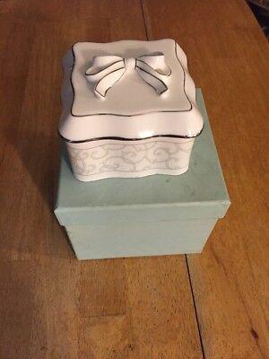 WEDGWOOD TRINKET BOX CELESTIAL PLATINUM with Box