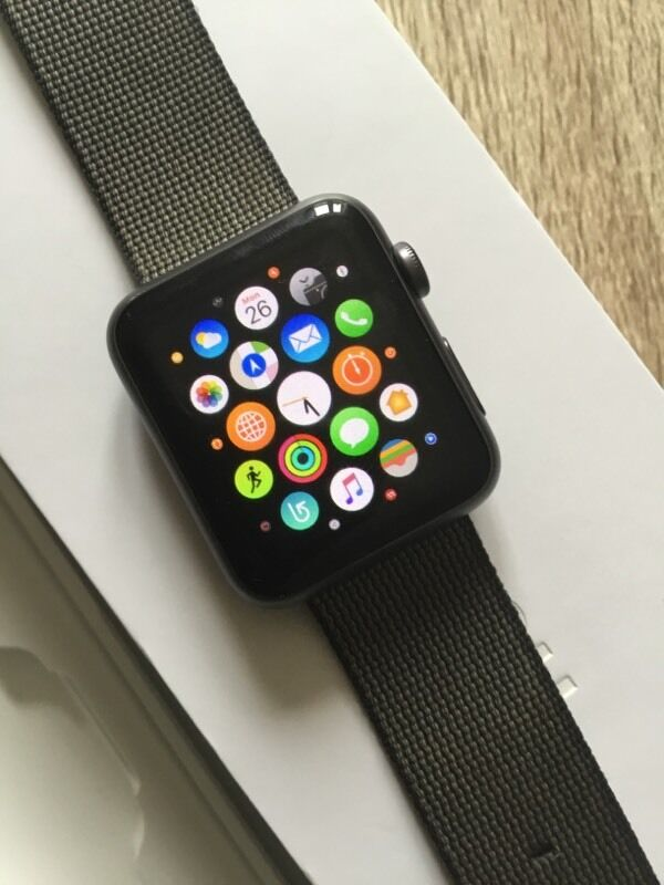 Apple Watch series 1 42min Leicester, LeicestershireGumtree - Apple Watch series 1 42m in good used condition, the strap has signs of wear but the watch face is perfect.Comes in the original box complete with original charger