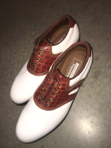 Golf shoes brand new