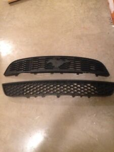 2013 FORD MUSTANG FRONT BUMPER UPPER & LOWER GRILLS