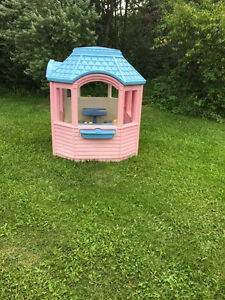 Child's playhouse
