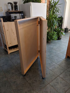 Clamshell Cabinet