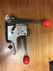 """3/8"""" Automatic Steel Strapping Tool"""