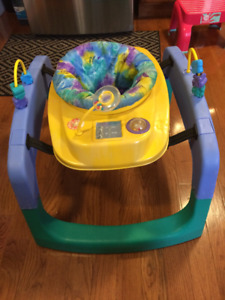 SAFETY 1ST Jump & Play Activity Center