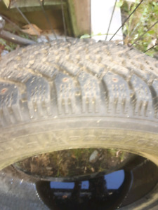 2 Goodyear tires nortic  205 60 R15 studed