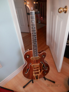 Epiphone Limited Edition Wildkat KOA top with P90s and HSC