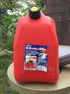 Scepter 20 L gas can
