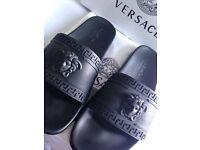 Versace medusa head black unisex size 8/42euro designer sliders nice and trendy