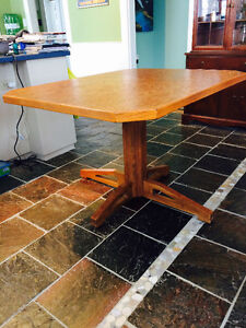 Solid Mennonite made oak table