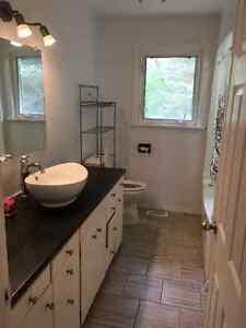 Spacious Private Home Peterborough Peterborough Area image 3